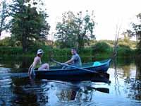Рекламная компания Черное и белое - Евгения Асоян и Антон Толстобров летом 2007 года на реке Усманка