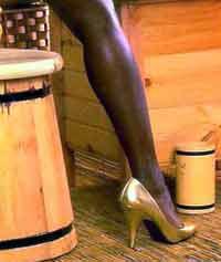 Негритянскому актеру надоели голые груди поклонниц